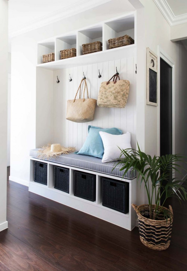 Fantastic-Mudroom-Ideas-Offering-Storage-02-1-Kindesign