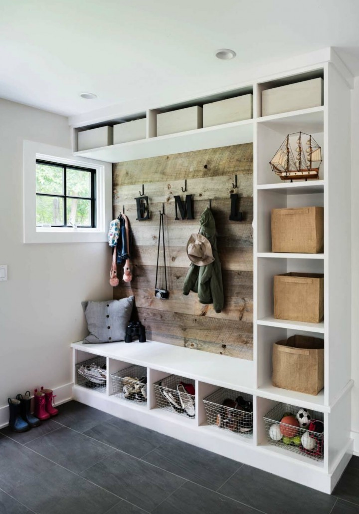 Fantastic-Mudroom-Ideas-Offering-Storage-03-1-Kindesign