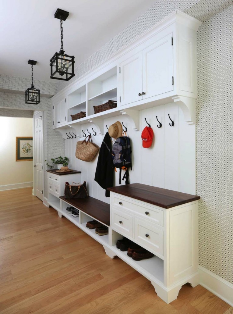 Fantastic-Mudroom-Ideas-Offering-Storage-04-1-Kindesign