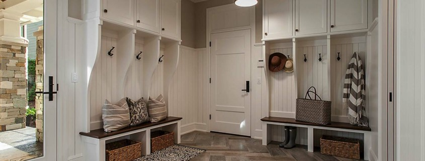 Fantastic-Mudroom-Ideas-Offering-Storage-07-1-Kindesign