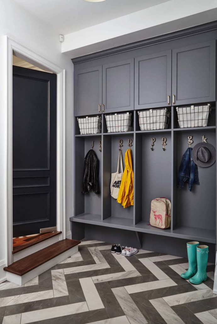 Fantastic-Mudroom-Ideas-Offering-Storage-30-1-Kindesign